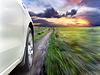 ID 3987028 | View of front of silver car while driving fast | Foto stockowe wysokiej rozdzielczości | KLIPARTO