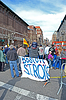 BOSTON - APR 20: People near memorial set up on | Stock Foto