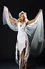 ID 3811209 | Kobieta w sukni ślubnej taniec | Foto stockowe wysokiej rozdzielczości | KLIPARTO