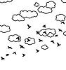 Herde von fliegenden Vögeln und Wolken im Himmel