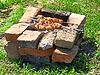 Apetyczny szaszłyk przygotowuje na grilla | Stock Foto