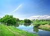 Frühling Landschaft mit Fluss | Stock Foto