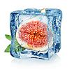 Feigen in Eiswürfel | Stock Foto