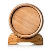 展台上的木桶 | 免版税照片