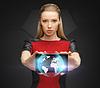 ID 3932068 | Kobieta trzyma tablet PC z znakiem świecie | Foto stockowe wysokiej rozdzielczości | KLIPARTO