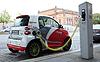 Electro Auto wird aufgeladen | Stock Foto