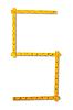 ID 3998518 | Carpenter Regel sah aus wie Nummer fünf | Foto mit hoher Auflösung | CLIPARTO