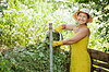 정원사 퇴비 만들기 | Stock Foto