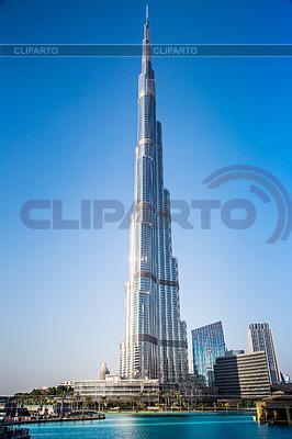 Blick auf Burj Khalifa, Dubai, Vereinigte Arabische Emirate, in der Nacht | Foto mit hoher Auflösung |ID 3725848