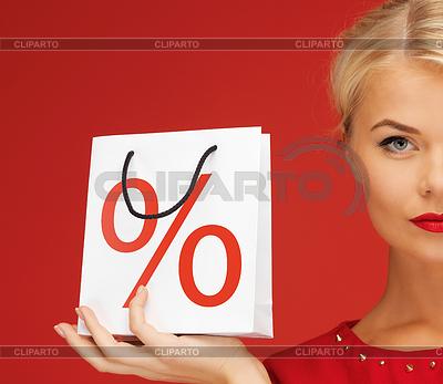 Kobieta z torby na zakupy | Foto stockowe wysokiej rozdzielczości |ID 3928360