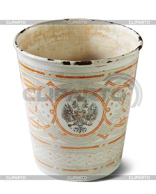Vintage-metallic Tasse mit kaiserlichen Doppeladler | Foto mit hoher Auflösung |ID 3988205