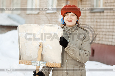 Закружился снег шальной песня слушать