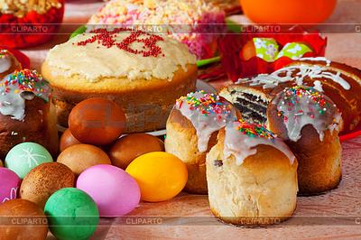 Ostern Kuchen und Eier | Foto mit hoher Auflösung |ID 4007427