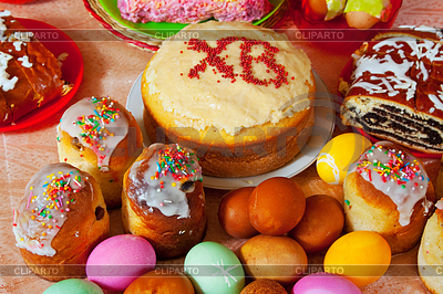 Ostern Kuchen und Eier | Foto mit hoher Auflösung |ID 4007428