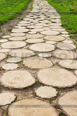 Footpath in Museum of Wooden Masterpieces in Suzdal | Foto stockowe wysokiej rozdzielczości |ID 4069408